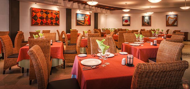 Cautívate con exquisitos sabores en los restaurantes de Crown Paradise Golden