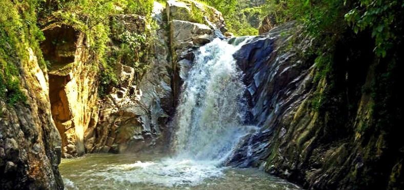La cascada cerca de Puerto Vallarta